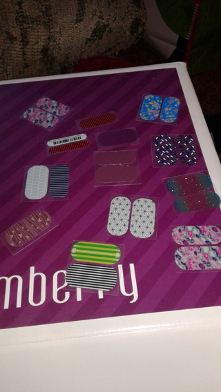Jamberry pedi and accent
