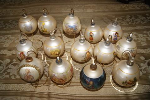 Hummel Christmas Ornaments.Free Vintage Goebel Hummel Christmas Tree Ornament Lot