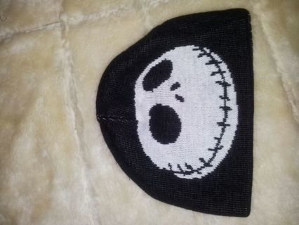 free nightmare before christmas reversible beanie hat read description
