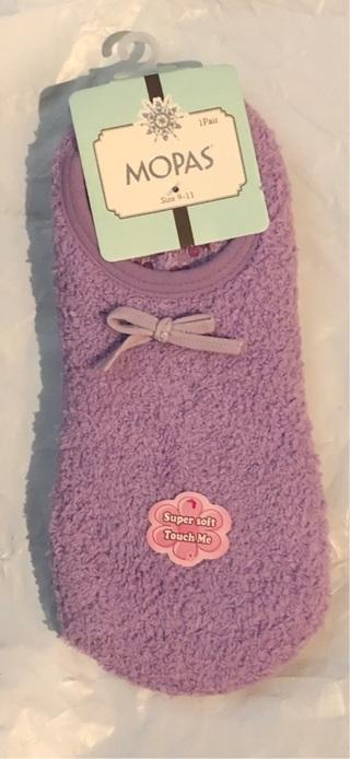 "Brand New: One Pair Purple ""MOPAS"" Slipper Socks. Women's 9-11 Non Skid. Polyester and Spandex"