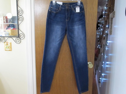 NWT Rue 21 High Rise Skinny Jeans Size 8L NEW!