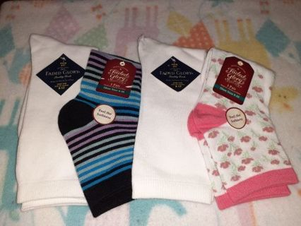 ❤✨❤✨❤️4 BRAND NEW ASSORTED PAIRS OF FADED GLORY CREW & ANKLE SOCKS❤✨❤✨❤WOMEN'S (LAST SET!)