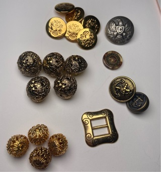 Über Fancy vintage buttons lot (metal, gold, navy, filigree, inlaid, wood...)
