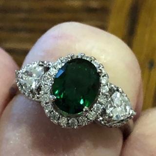 Beautiful Emerald & Diamond Ring - Silvertone SIZE 7