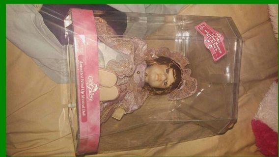 Porslin doll