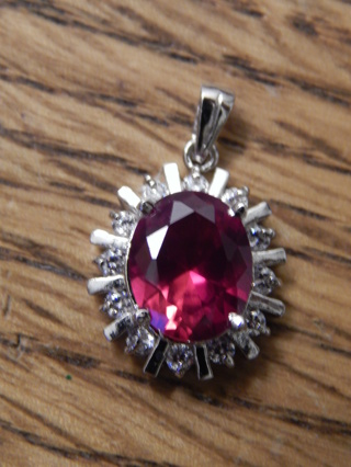 LRG REAL NATURAL  5.10 CT RUBY& 12 DIAMONDS  SET IN 14KT WHITE GOLD  PENDANT