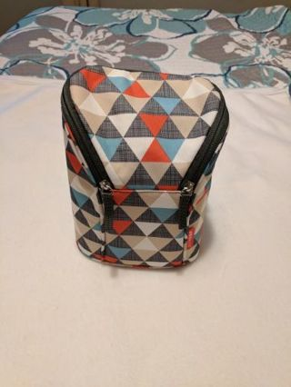 Skip Hop Grab and Go Insulated Double Bottle Bag, Triangles NWOT