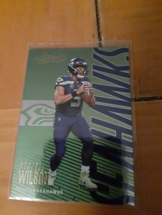 You are bidding on a 2018 Absolute Russell Wilson.