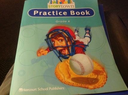 STORYTOWN PRACTICE BOOK- GRADE 4