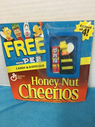 E386 MINI PEZ HONEY NUT CHEERIOS BEE MIP CANDY DISPENSER