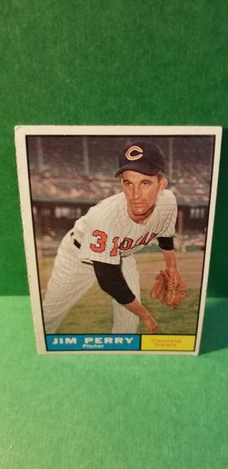 1961 - TOPPS EXMT - NRMT BASEBALL - CARD NO. 385 - JIM PERRY - INDIANS