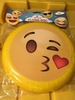 "NEW EMOJI MOVIE FLYING FRISBEE GAME 9"" SPORTS DISC FREE SHIPPING"