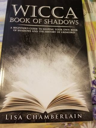 WICCA BOOK OF SHADOWS by Lisa Chamberlain