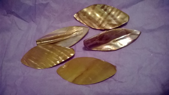 !!!FREE SHIPPING!!!*****BEAUTIFUL MOTHER OF PEARL LEAF SHAPE SHELL BEADS - YELLOW*****