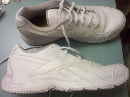 Gobernar Cayo Opresor  Free: women's size 9 reebok slip resistant shoes - Women's Clothing -  Listia.com Auctions for Free Stuff