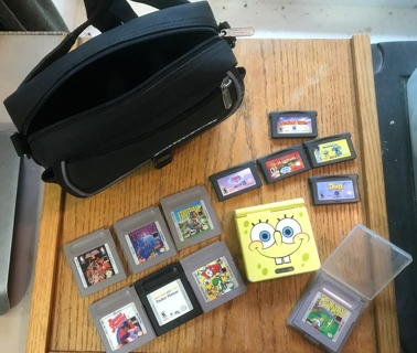 Hard to Find Vintage Ltd Edition Sponge Bob GBS AGS-101 12 Games & Bag