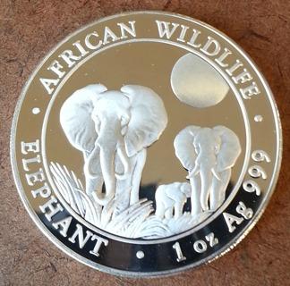2014 Somalia 1 Troy Oz .999 Silver Elephant African Wildlife