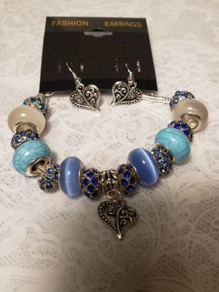 Euro Braclet & Earrings ♡♡ Love is in the Heart♡♡