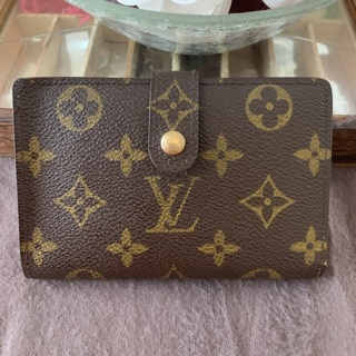 Authentic Louis Vuitton FrenchKiss Wallet