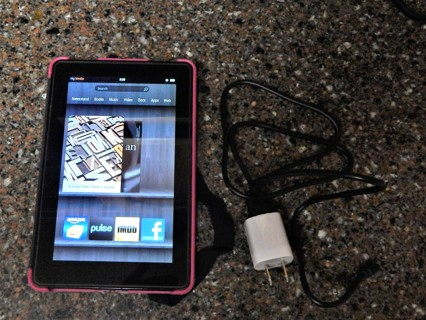 """7"""" Amazon Kindle Fire HD Version 6.3.4 Tablet, charging cord, soft cover case FREE SHIPPING"""
