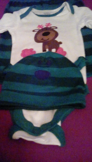 NWT SIZE 0 TO 3MONTHS UNISEX REINDEER OUTFIT