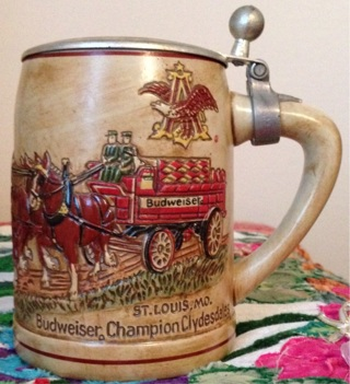 COLLECTIBLE CSL9-1976 BUDWEISER CLYDESDALE'S TEAM & WAGON LIDDED STEIN! VINTAGE