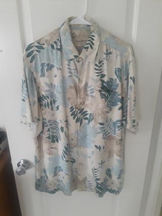 Tommy Bahama Men Hawaiian Shirt (m)
