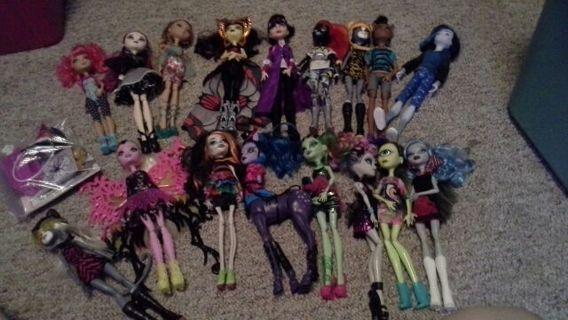 17 monster high dolls for misstress spears
