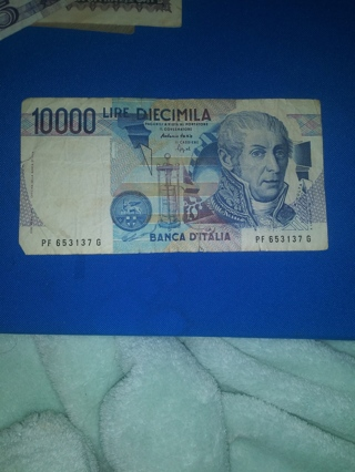 2) Banknote