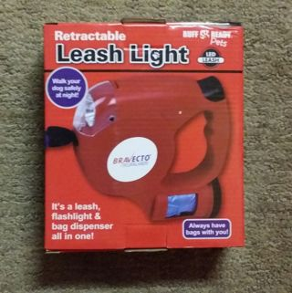 Retractable Leash up to 80lbs - Flashlight - Waste Bag Dispenser