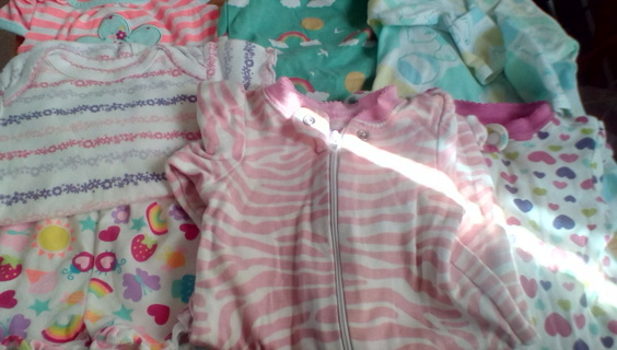 Infant Size (NEWBORN) Clothing: EUC