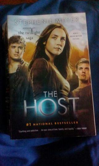 The host by Stepenie Meyer