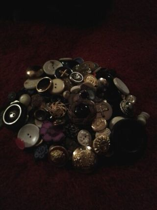 OLD BUTTONS FROM GRANDMOTHERS ESTATE