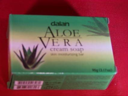 1 LARGE SIZE BAR OF HEALTHY SKIN CONDITIONING ALOE VERA CREAM BATH SOAP/ GIN GETS A 3 PACK