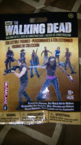 The Walking Dead Mcfarlane Toys building set H bn collectible action figure