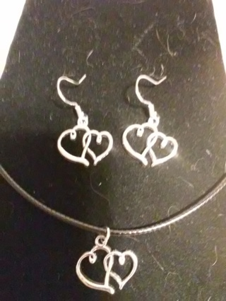 New! Romantic Tibetan silver heart necklace and earrings