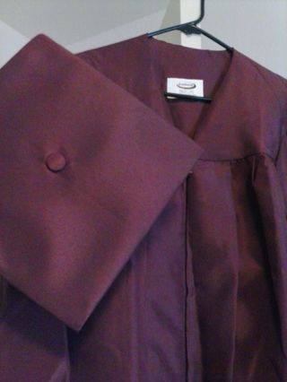 Free Maroon Cap Gown Jostens Other Clothing Listiacom