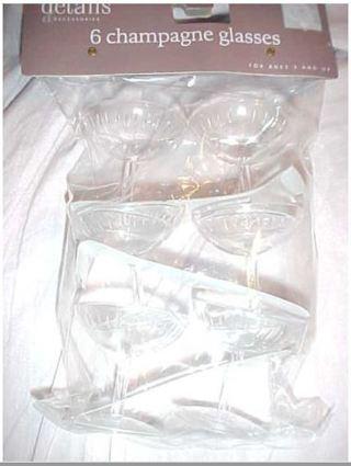 12 Wedding Favor Mini Plastic Champagne Glasses