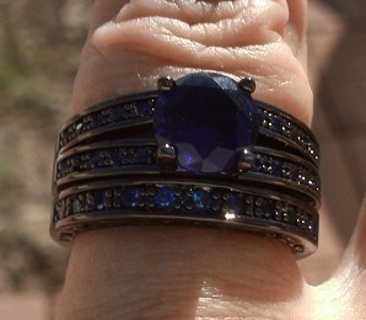 LOVELY BLACK GOLD PLATED DEEP BLUE SAPPHIRE WEDDING RING SET SZ 7 FREE GIFT!
