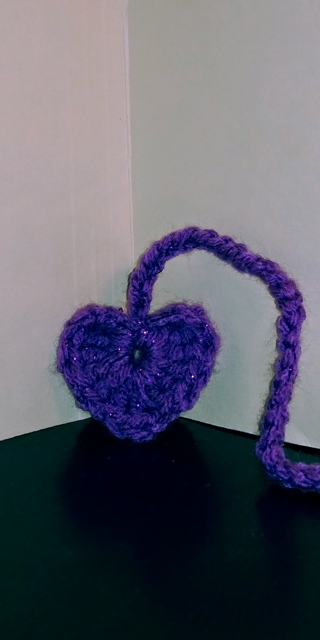 Crochet Heart Bookmark (B-7553) Purple Sparkle/White