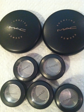 Empty Makeup Containers Mac Saubhaya