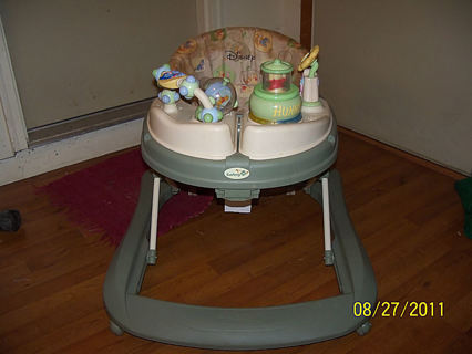 Free Safety 1st Winnie The Pooh Baby Walker Happy Day
