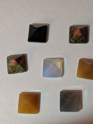 Pyramid shaped crystal healing stones set of 7 along with other stones