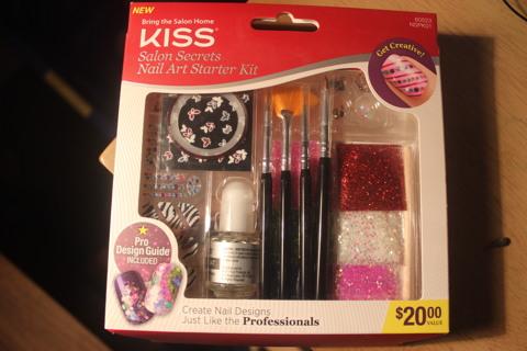 Free Brand New Kiss Salon Secrets Nail Art Starter Kit Nails