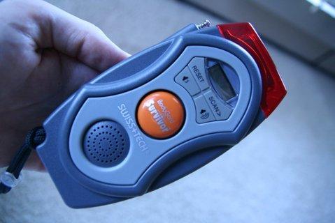 Manually Rechargeable Survivor Flashlight & Radio