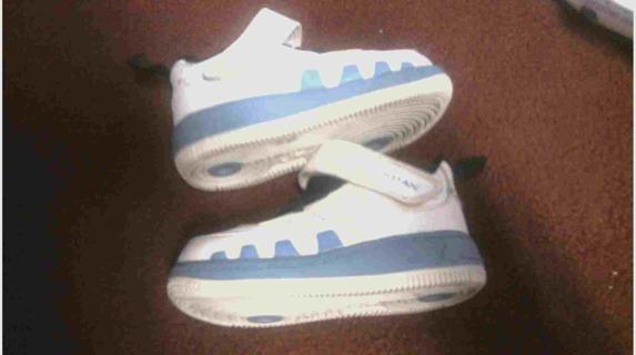 wholesale dealer 4a36b 8b486 Free: Toddler Boy Size 5 Jordans White/Baby Blue/Black ...