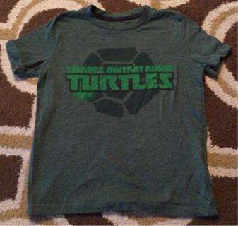 Old Navy Teenage Mutant Ninja Turtles Boys Size Small 6 7 Shirt Like New