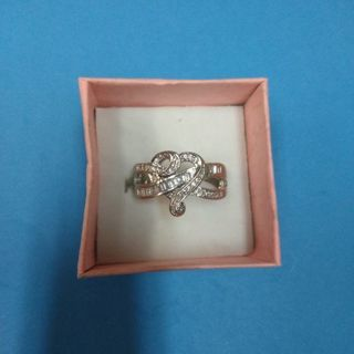 VERY PRETTY SIZE 8 . CZ RING(FREE SHIPPING)
