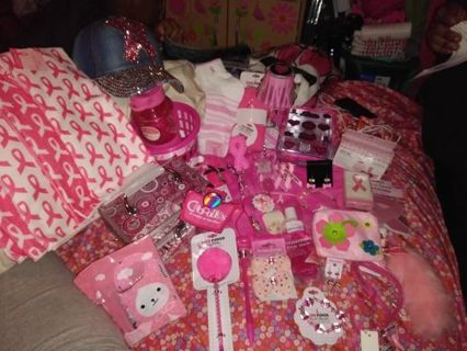 ☺❤☺❤☺BRAND NEW 55+ PC. BREAST CANCER AWARENESS/PINK BUNDLE☺❤☺❤☺WINNER GETS ALL!