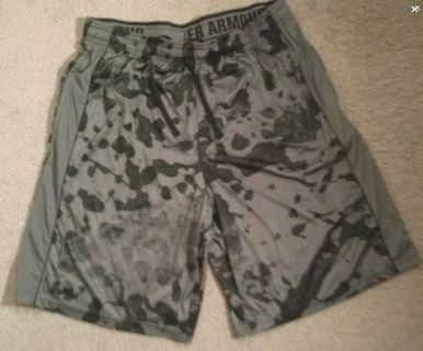 Under Armour Shorts Athletic Basketball Casual Pockets Pull String FREE SHIPPING